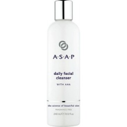 daily_facial_cleanser_240ml_lr_resize